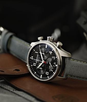 Alpina Startimer Pilot Big Date Chrono inkl.Ersatzband NEU